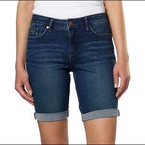 Calvin Klein Jeans Women's Denim Short -SZ 29/8